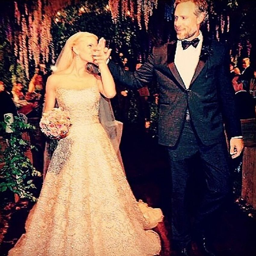 Jessica Simpson married Eric Johnson in a beautiful golden gown ...