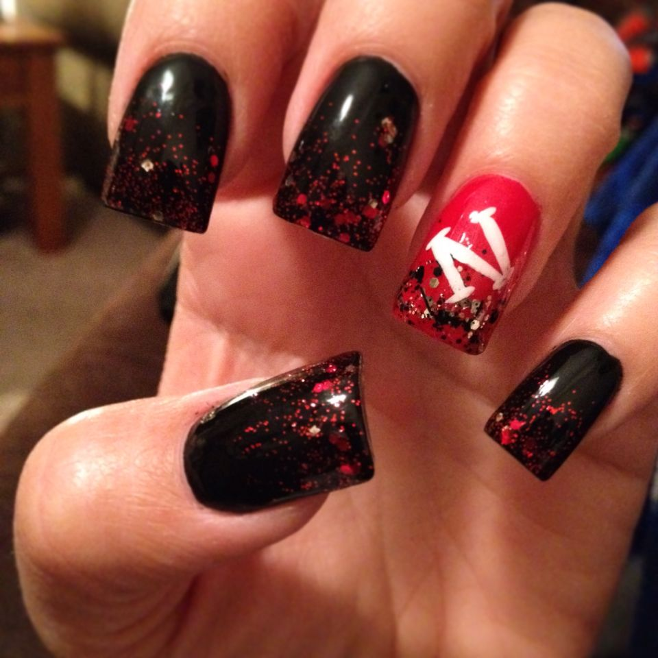 Husker nails. Love the black & red. | Nail Art | Pinterest ...