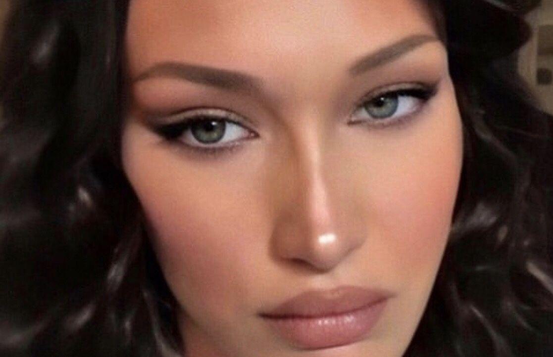 iOS camera image in 2020 | Bella hadid makeup, Celebrity