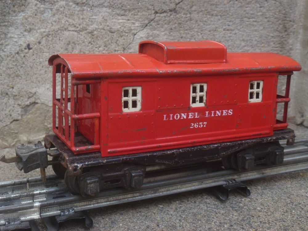 LIONEL CABOOSE 2657 fourgon américain via ANTIQUE MARCBEA. Click on the image to see more!