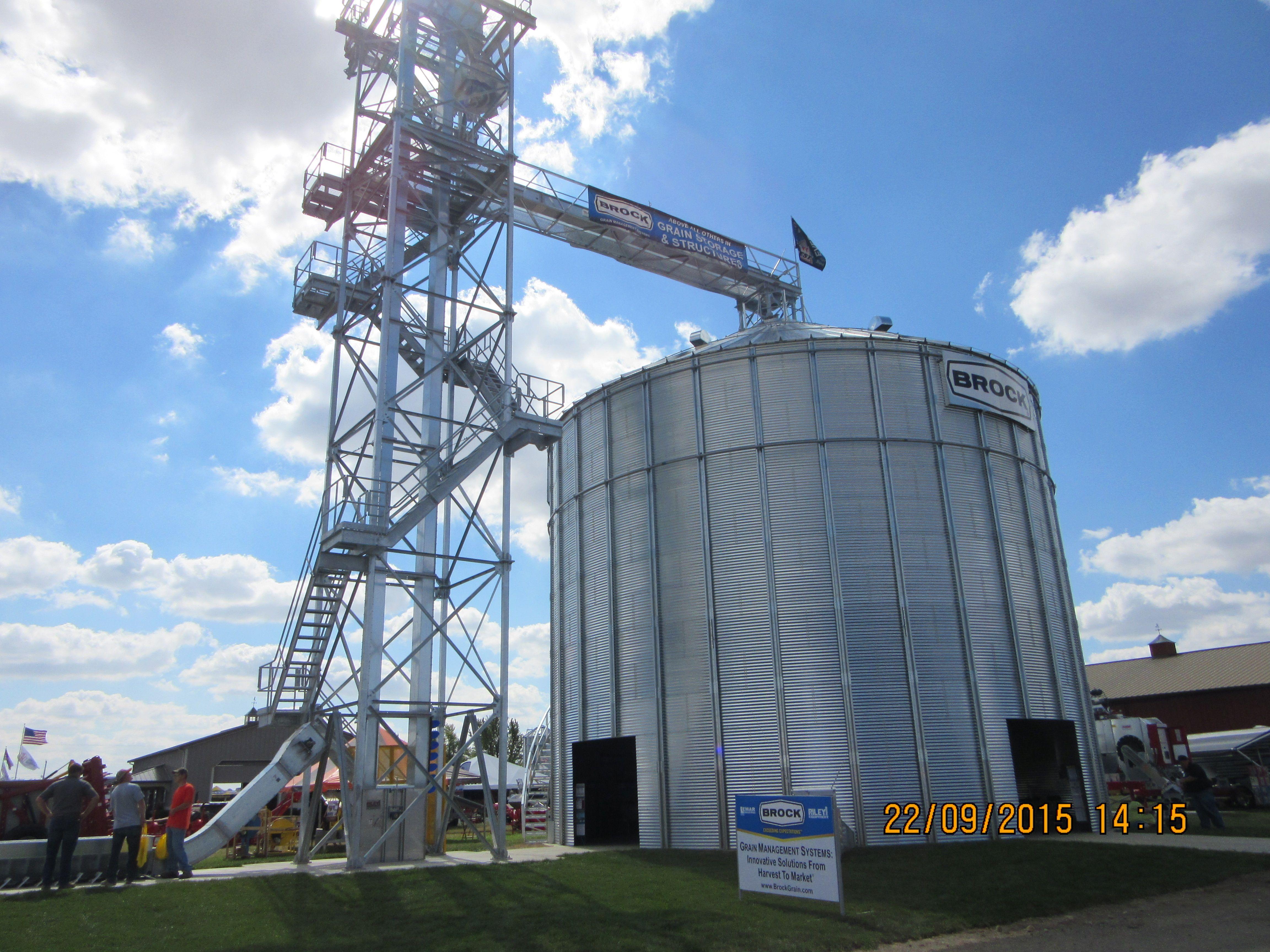 Brock grain bin | Farm Equipment | Grain storage, Farm 2, Grains