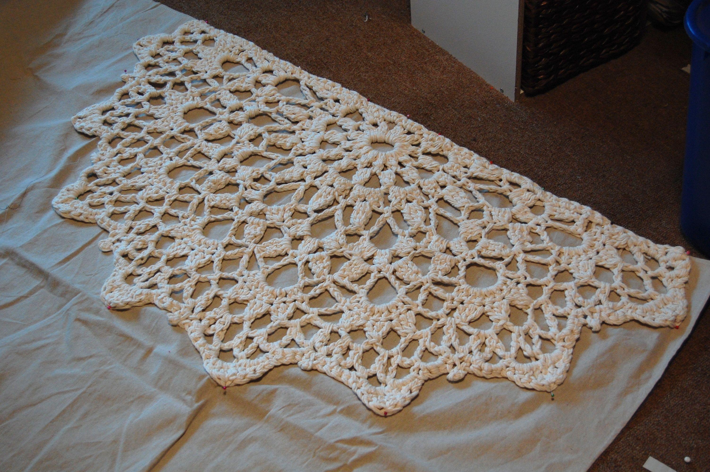 Half Circle Crochet Rug Pattern Google Search Crochet Rug Patterns Free Crochet Rug Crochet Rug Patterns