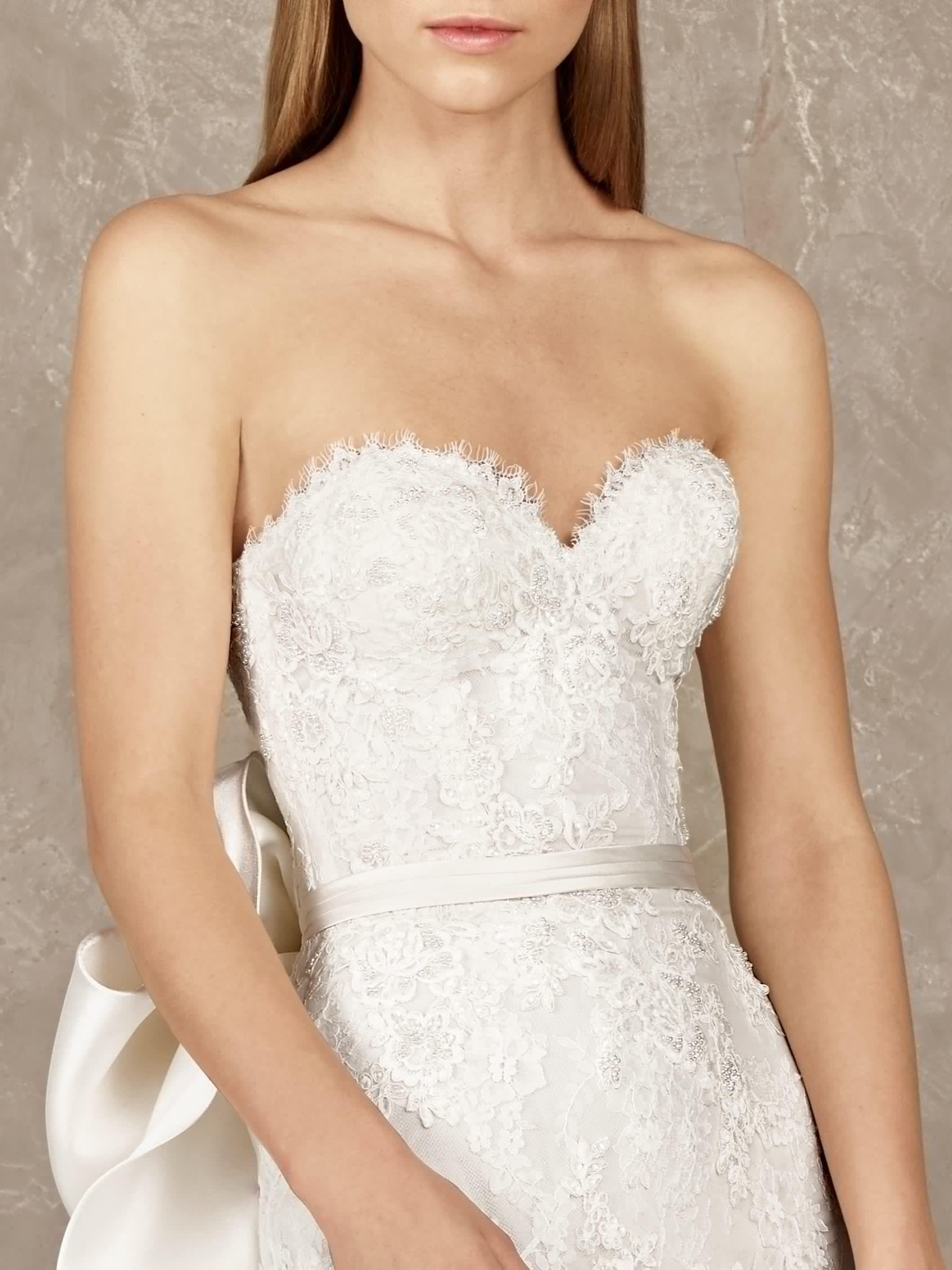Original Mermaid Wedding Dress With Detachable Skirt Pronovias Yoisi Dresses Wedding Dresses Bridesmaid Dresses