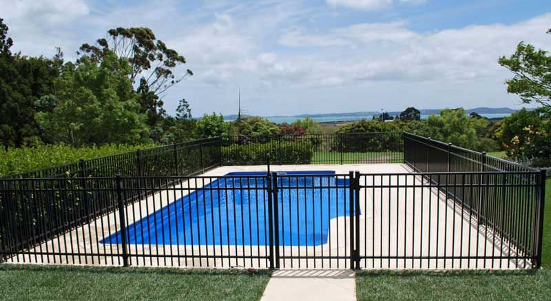Image Detail For Aluminium Pool Fencing Around A Swimming Pool Designed And Built By Swimming Pools Backyard Aluminum Pool Fence Swimming Pool Designs