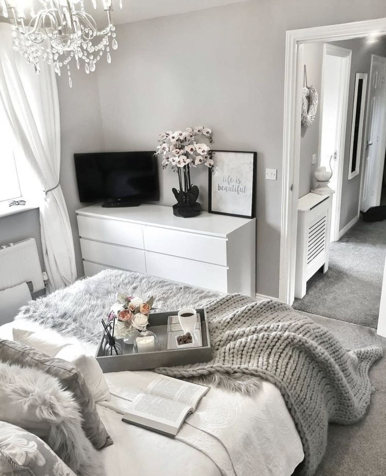 Pin On Ideas De Dormitorio Para Ninas Gray aesthetic room pictures