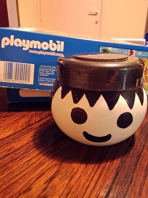 Idée récup\': Petite boîte de rangement Playmobil Pot de crème ...