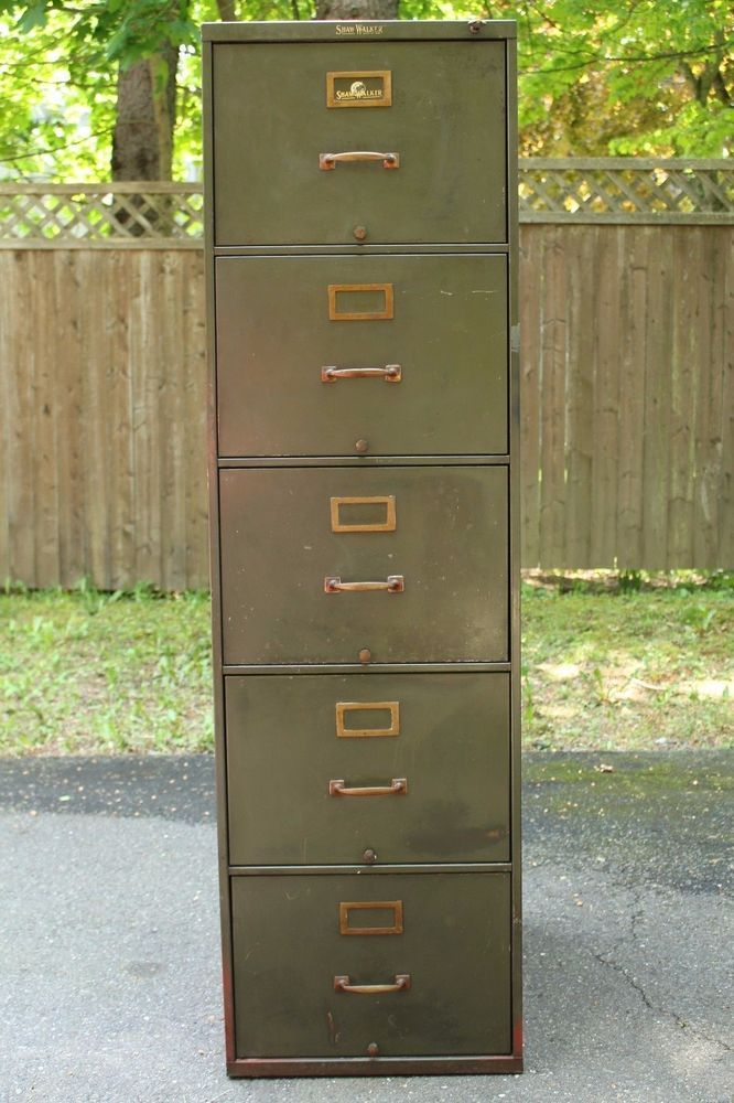 Vintage Shaw Walker 4 Drawer Metal Filing Cabinet W Key Army Green Globewernicke