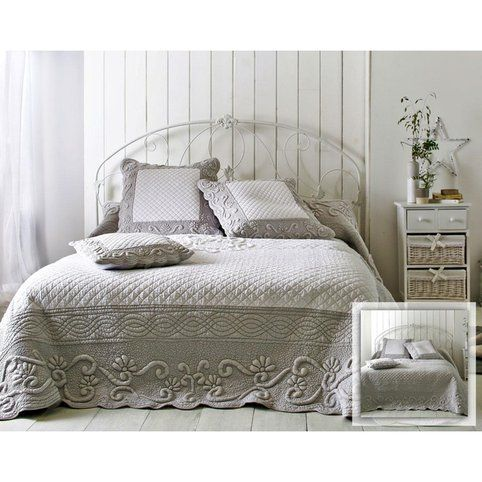 boutis plaid ou jet de canap couvre lit matelass perle et blanc brod main becquet gris. Black Bedroom Furniture Sets. Home Design Ideas