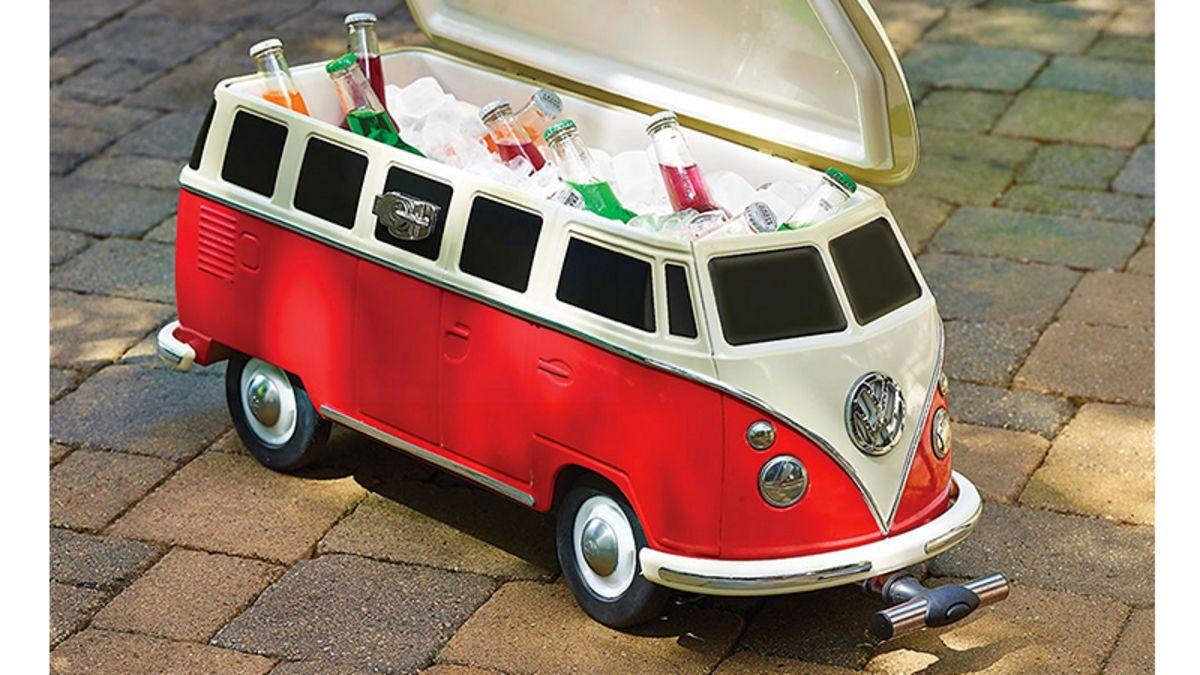 Fill This Volkswagen Van Cooler With Snapple And Other Hippy Drinks In 2020 Volkswagen Van Volkswagen Hippie Van