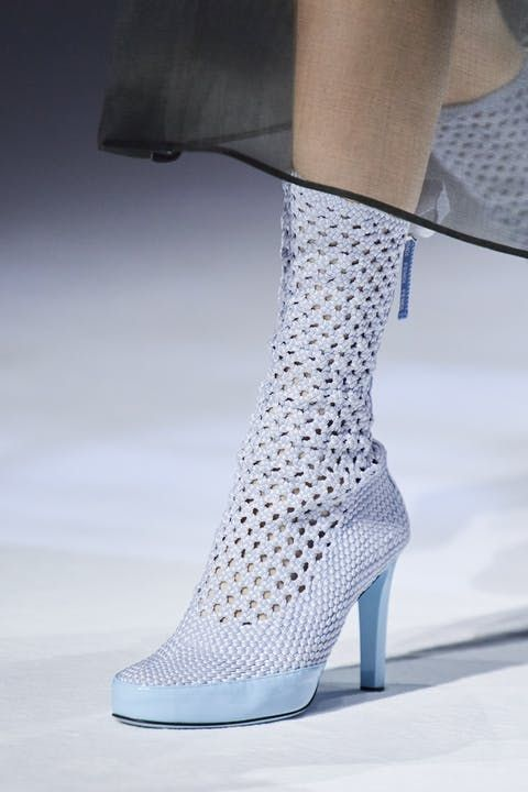 These 9 Spring/Summer 2021 Shoe Trends Will Dominate This Year – Shoe Trends Clogs Heels F