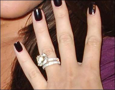 khloe kardashians engagement ring and band are my dream now if i can just find - Khloe Kardashian Wedding Ring