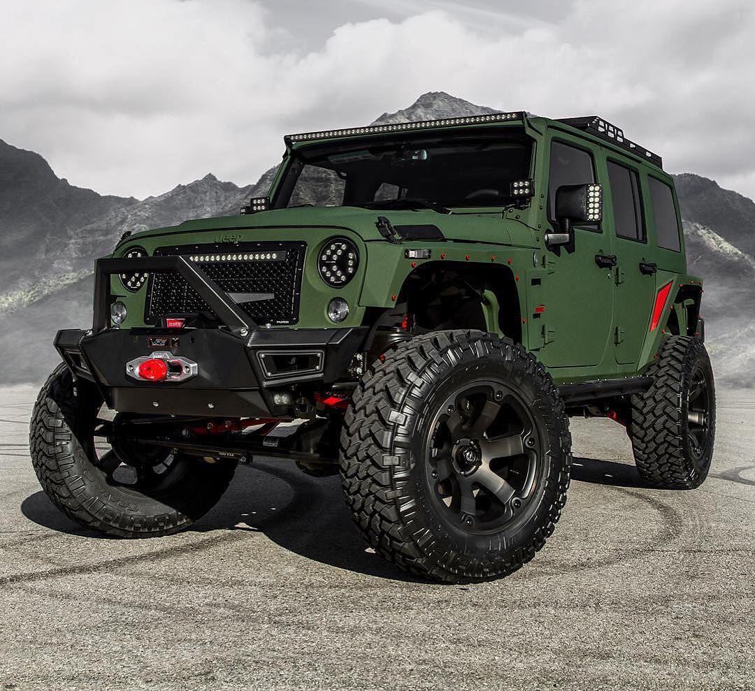 @starwoodmotors Custom Jeep!