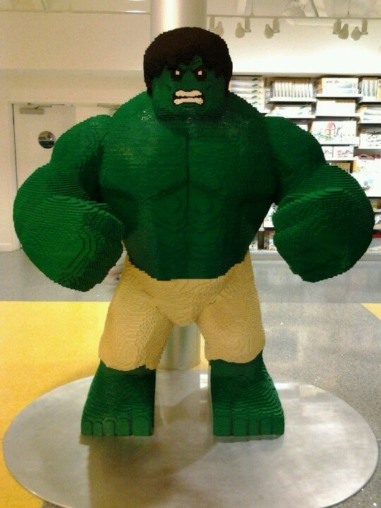 Lego Hulk @ Lego Store in Downtown Disney, Orlando, FL. | Lego´s ...