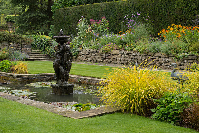Planting Design English Country Garden Ilkley West Yorkshire Traditional Landscape Ot In 2020 Traditional Landscape English Country Gardens Country Gardening