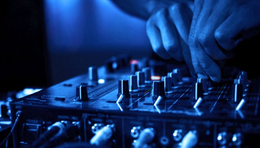 Pin by blaire on beauty in 2019 | Dj music, Best dj mixer