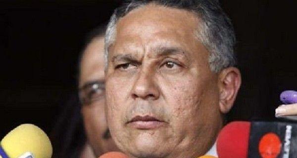 """El obispo emérito dijo que es necesario cambiar al gobierno, que tiene a Venezuela """"en el desastre y la conduce al abismo"""", publica El Nacional El diputado"""