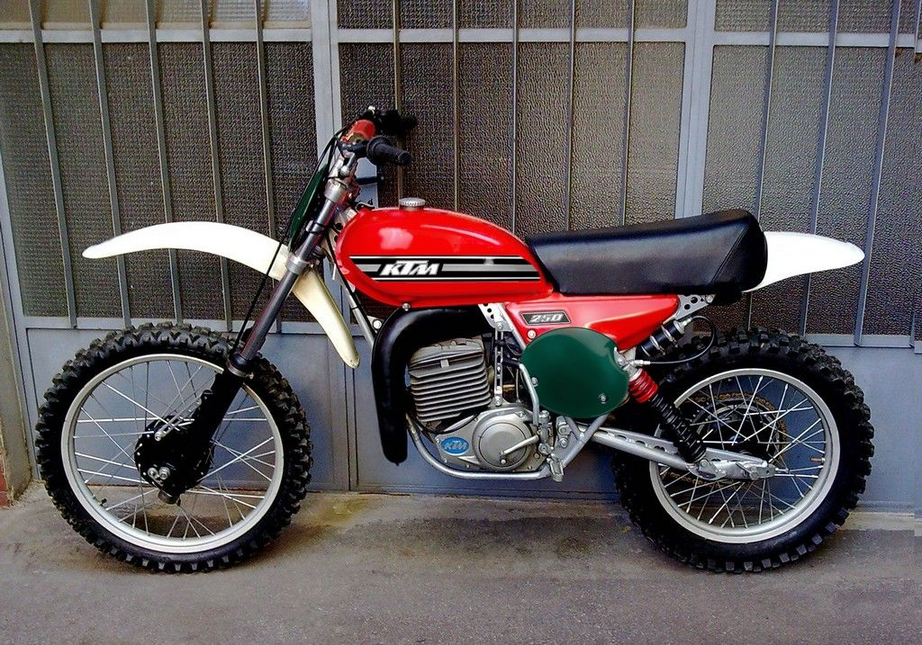 ktm mc 250 1976 favourite bikes motorrad. Black Bedroom Furniture Sets. Home Design Ideas