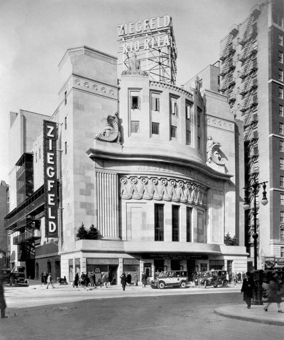 1927 Ziegfeld Theatre And The Ziegfeld Follies New York Buildings New York City Vintage New York