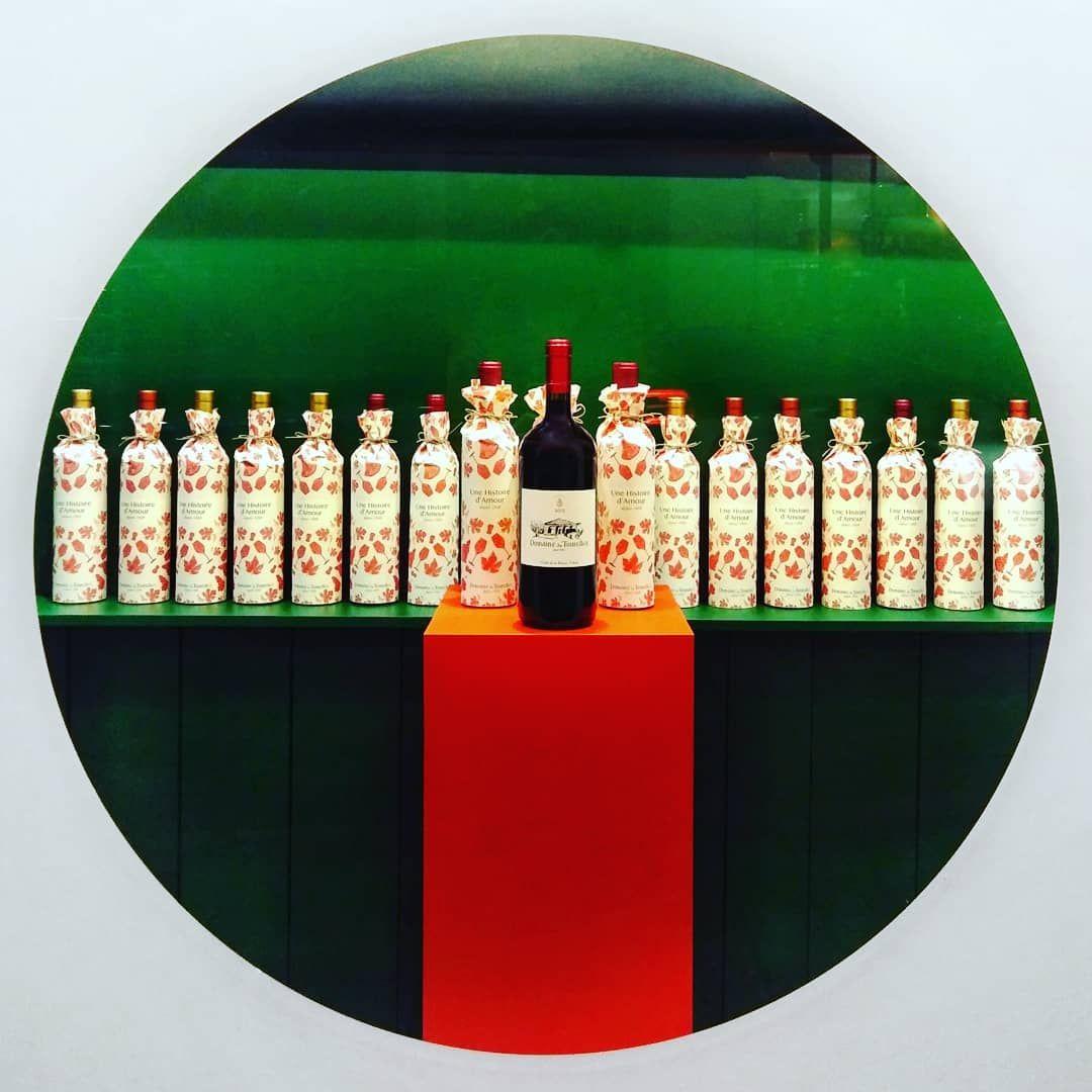 Demain Troisieme Et Derniere Nuit Blanche 2019 Vitrine De Noel A La Boutique 250 Rue Monnot Domainedestourelles Event Winetasting Christmas B Event