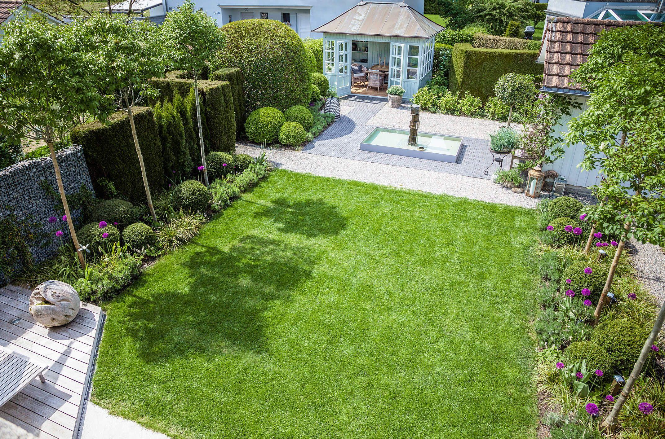Kleiner garten small garden idea belgisch englischer gartenstil parc 39 s gartengestaltung - Kleiner garten ...