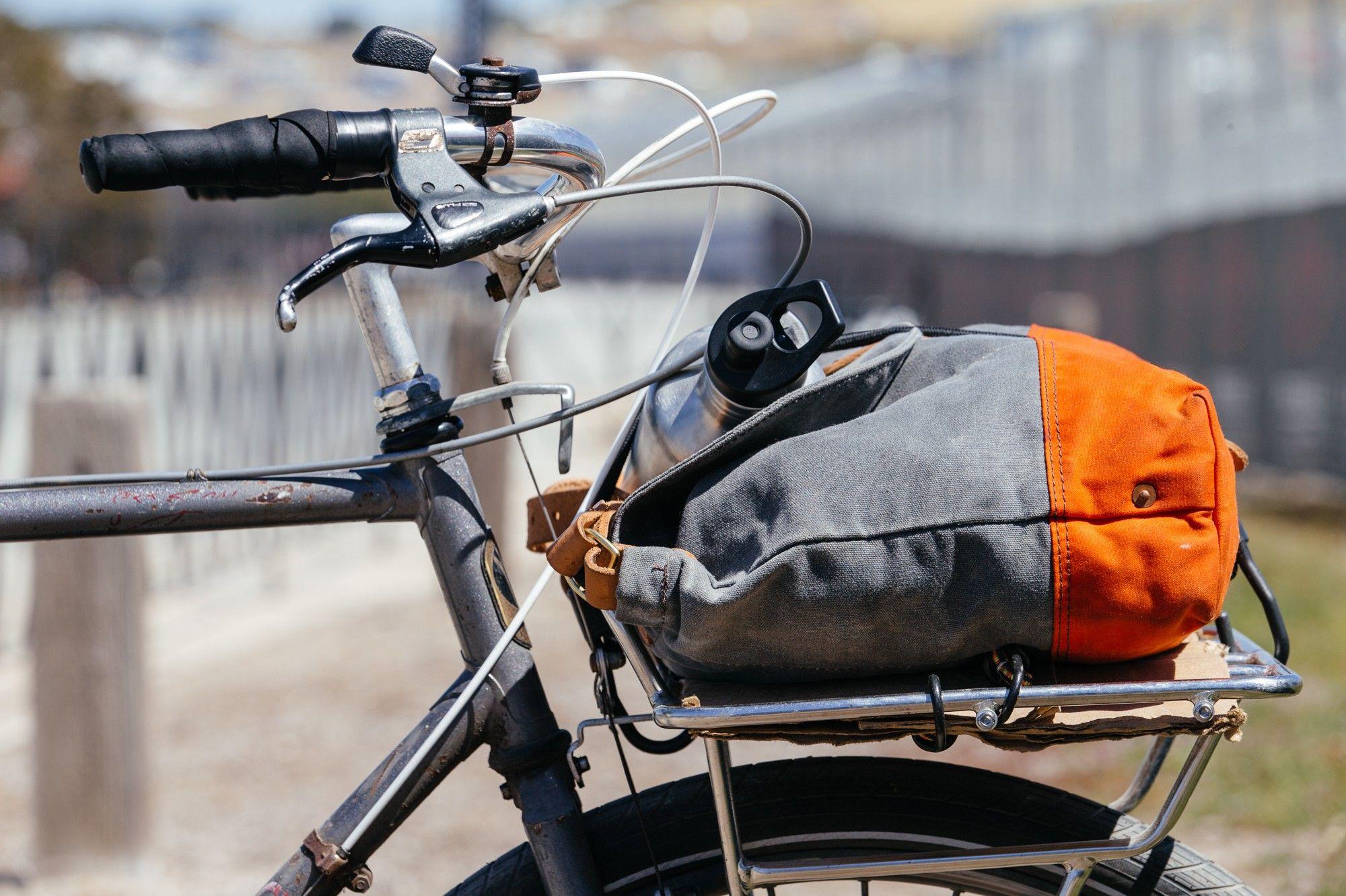 Two Hot Vintage MTB Commuter Setups Cool bikes, Bike