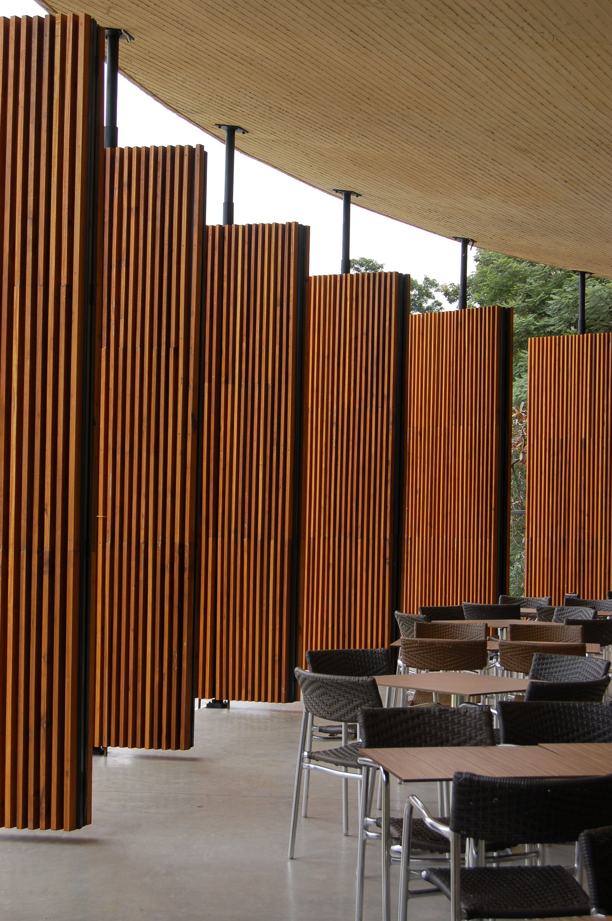"thin panel wood ""walls""  Cafe del Bosque / Castro Arquitectos"