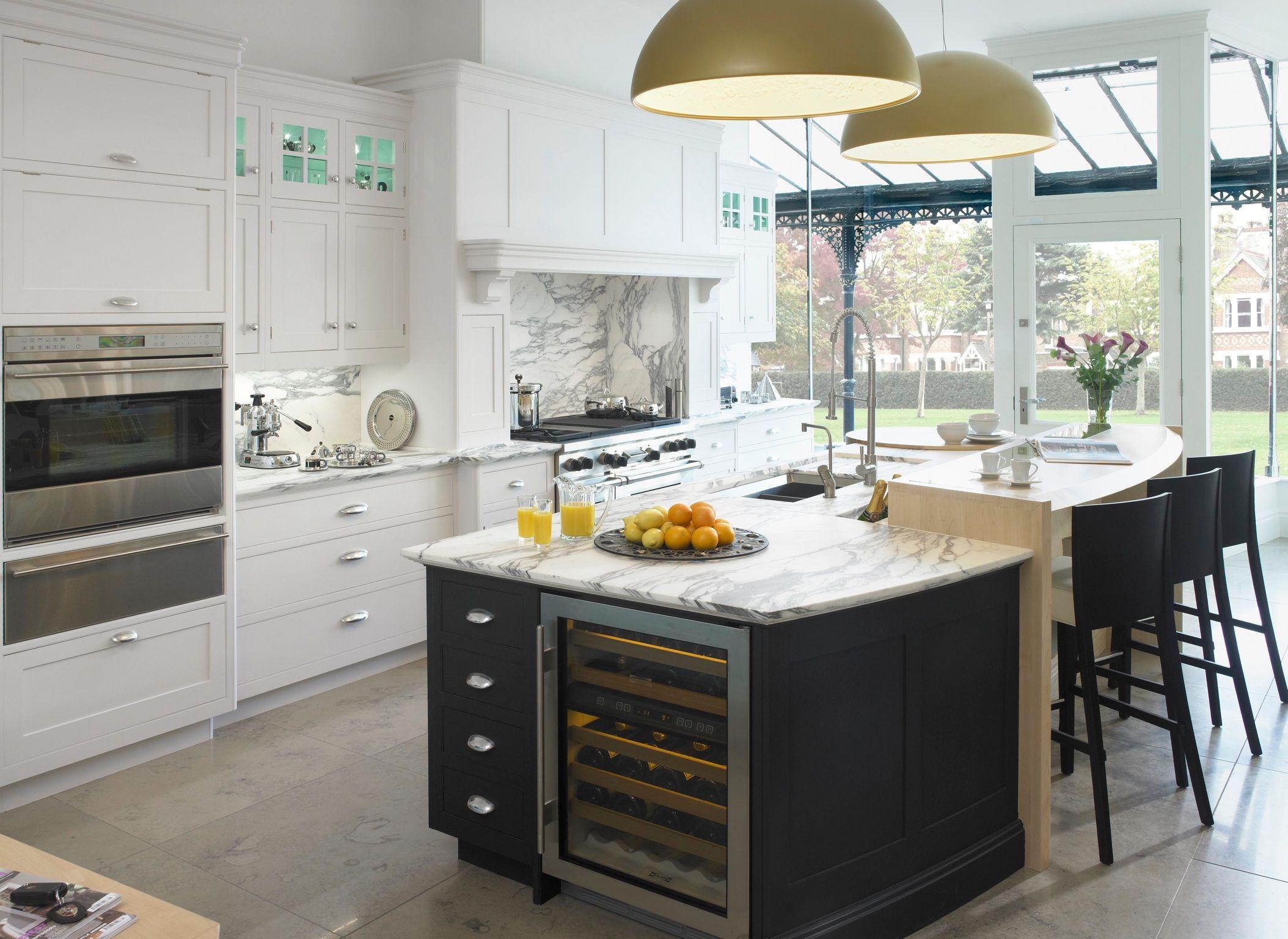 Painted kitchen - Hampton