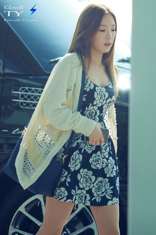Snsd Taeyeon Korean Stars Airport Fashion Casual Style Fashion Pinterest