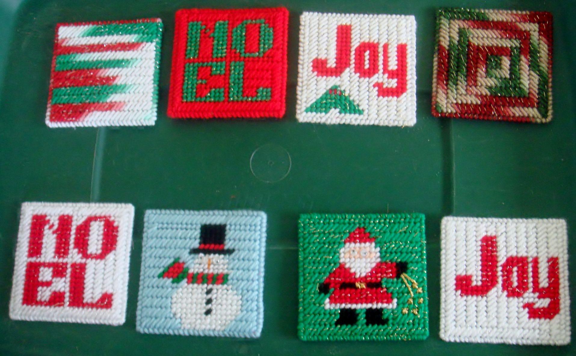 Plastic Canvas Christmas Coaster Patterns.Plastic Canvas Coasters Christmas Presents Plastic