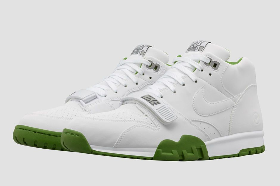 hot sale online d0189 19ad5 Nikelab Nike Court Air Trainer 1 Mid x Fragment Wimbledon   eBay