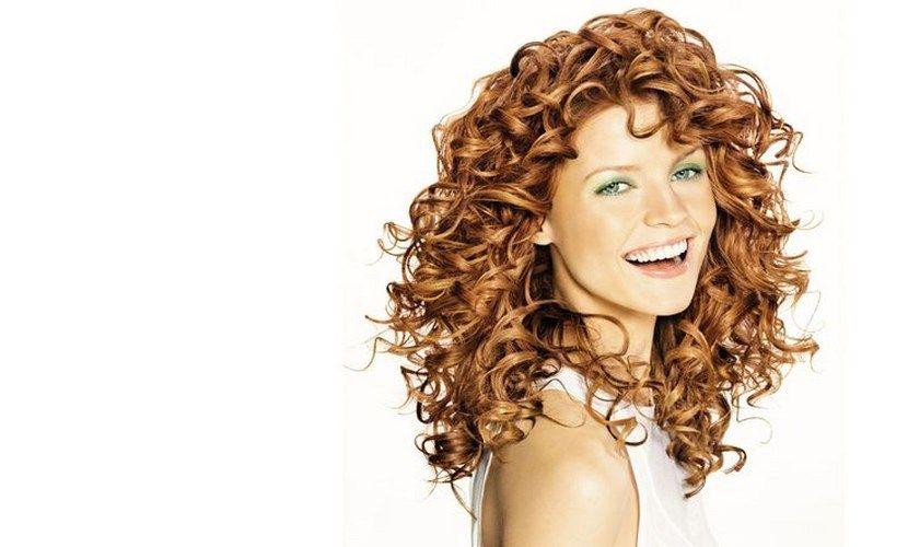 Como tener el pelo rizado brillante