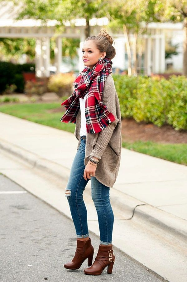 I m crazy about boots! If you are too check these out! Excellent Skinny  Jeans And Ankle Boots For Fall  f8ea8b01c
