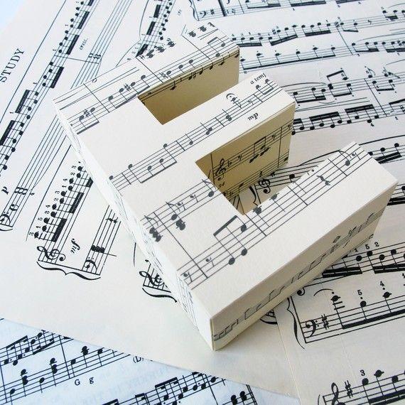 Lettres décoratives en 3D | Music bedroom, Music crafts ...