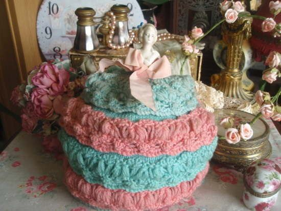 Gorgeous Vintage Knitted Tea Cosy Crinoline Lady Half Doll Tea COSY/COZY/COSIES/