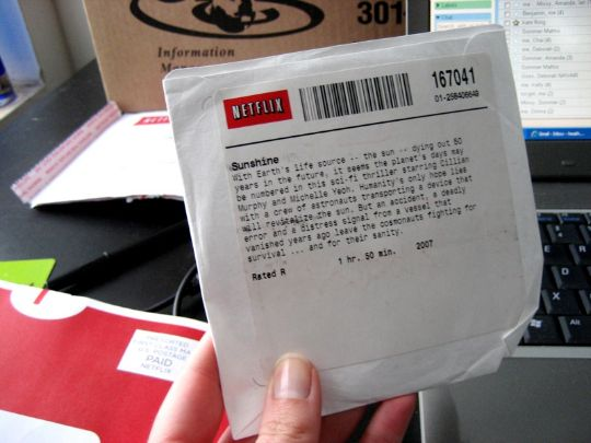 Are Netflix Discs Bringing Germs in Your Home?