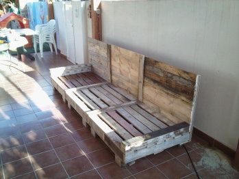 Sillon con pallets pallet house muebles con palets - Sillon hecho con palets ...