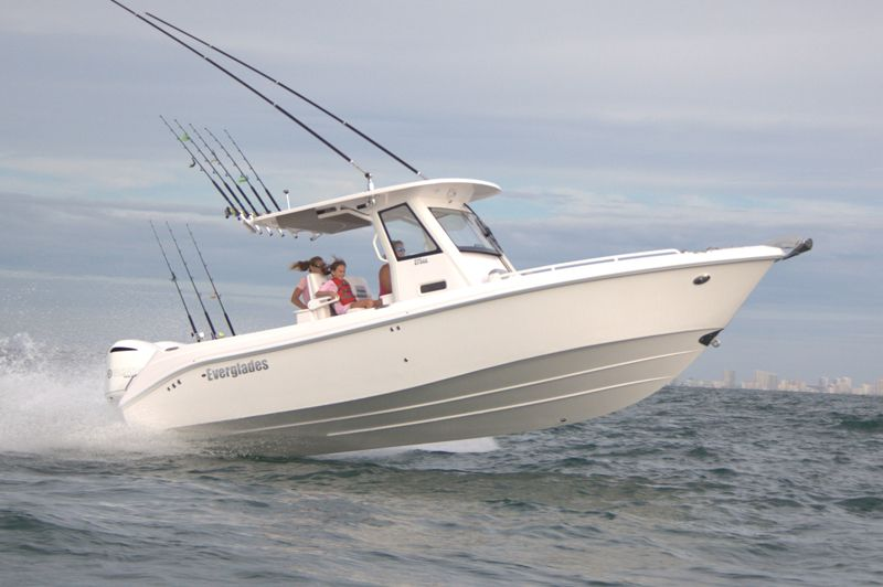 Everglades 275cc Luxury Family Fishing In A 27 Foot Center