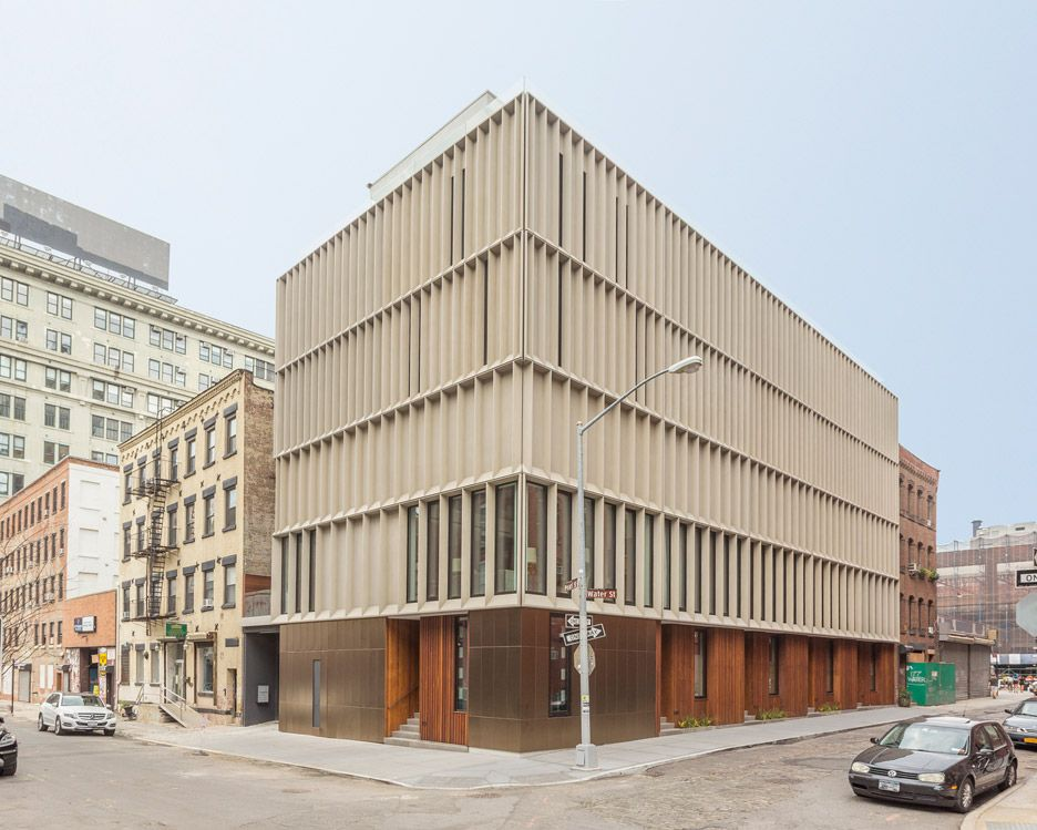 Alloy Completes Skinny Townhouses In Brooklyn S Most Expensive