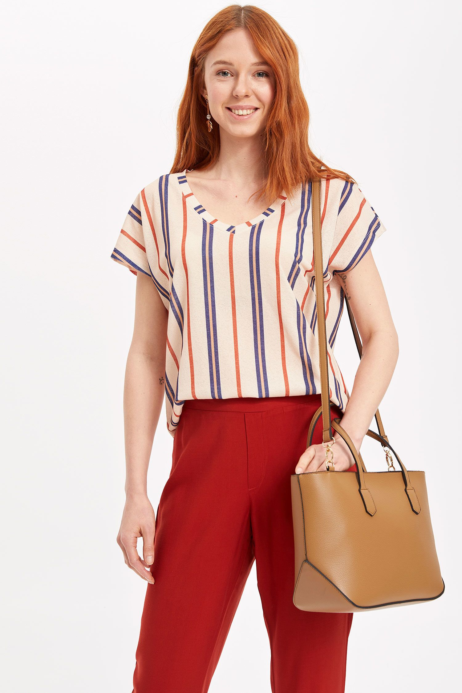 Pin By Woman Smart Casual Clothes A On Smart Casual To Buy Lc Waikiki Defacto Fashion Fall Winter 2020 Fast Fashion Brands