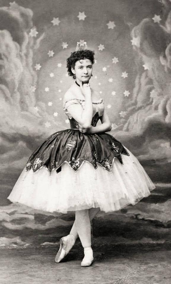 "Inspiration for ""The Moon"" for dancer Meredith Strathmeyer."