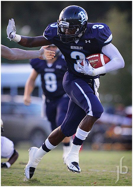 Nelson Agholor of Berkeley Prep - This guy is now a major force in college  football