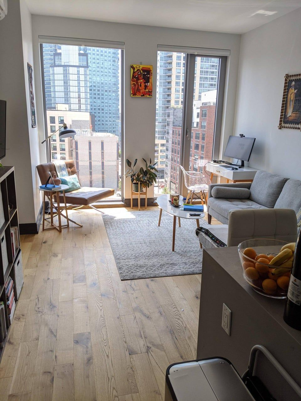Reddit Amateurroomporn Nyc Living Room In 2021 Nyc Apartment Decorating Apartment Living Room Layout Small Apartment Living Living room ideas reddit