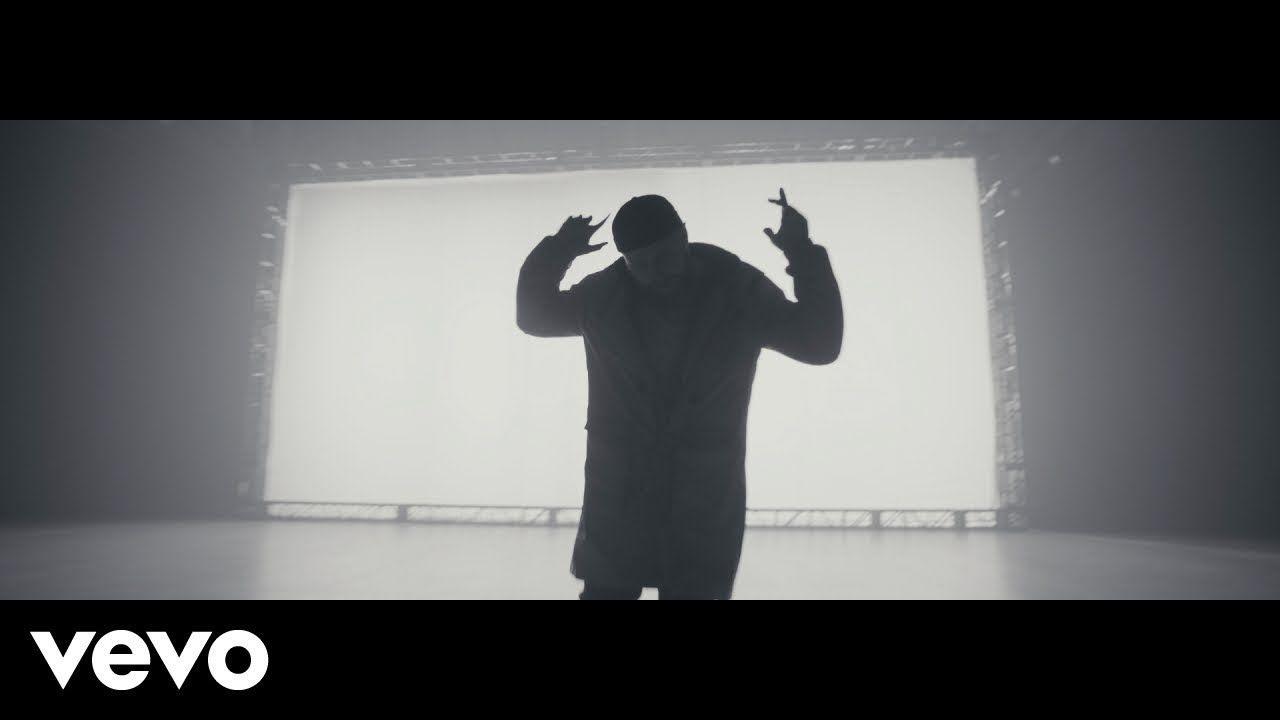 Eminem Leave A Light On Ft Tom Walker Youtube Tom Walker Eminem Music Sites