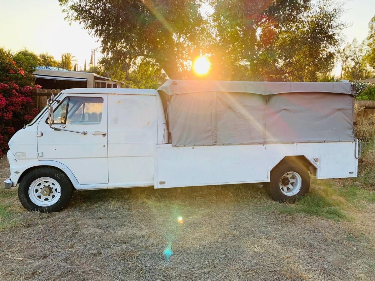 1969 Econoline 300 1Ton V8 Van...Truck cars & trucks