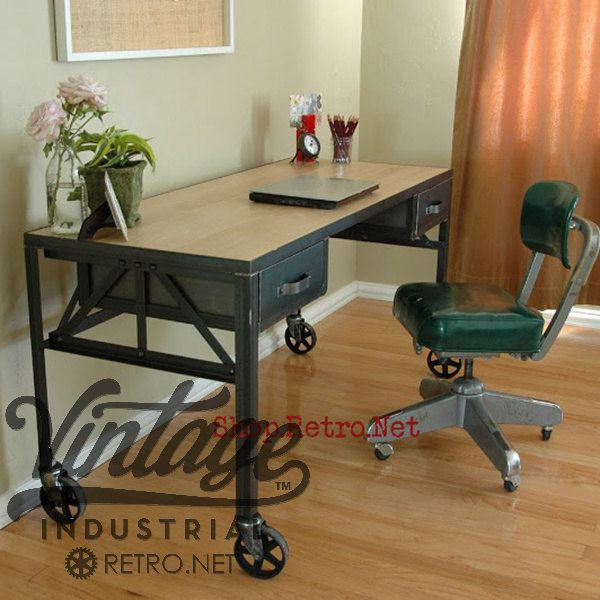 Superbe Royston French Industrial Desk On Casters / Vintage Work Table / Office  Furniture