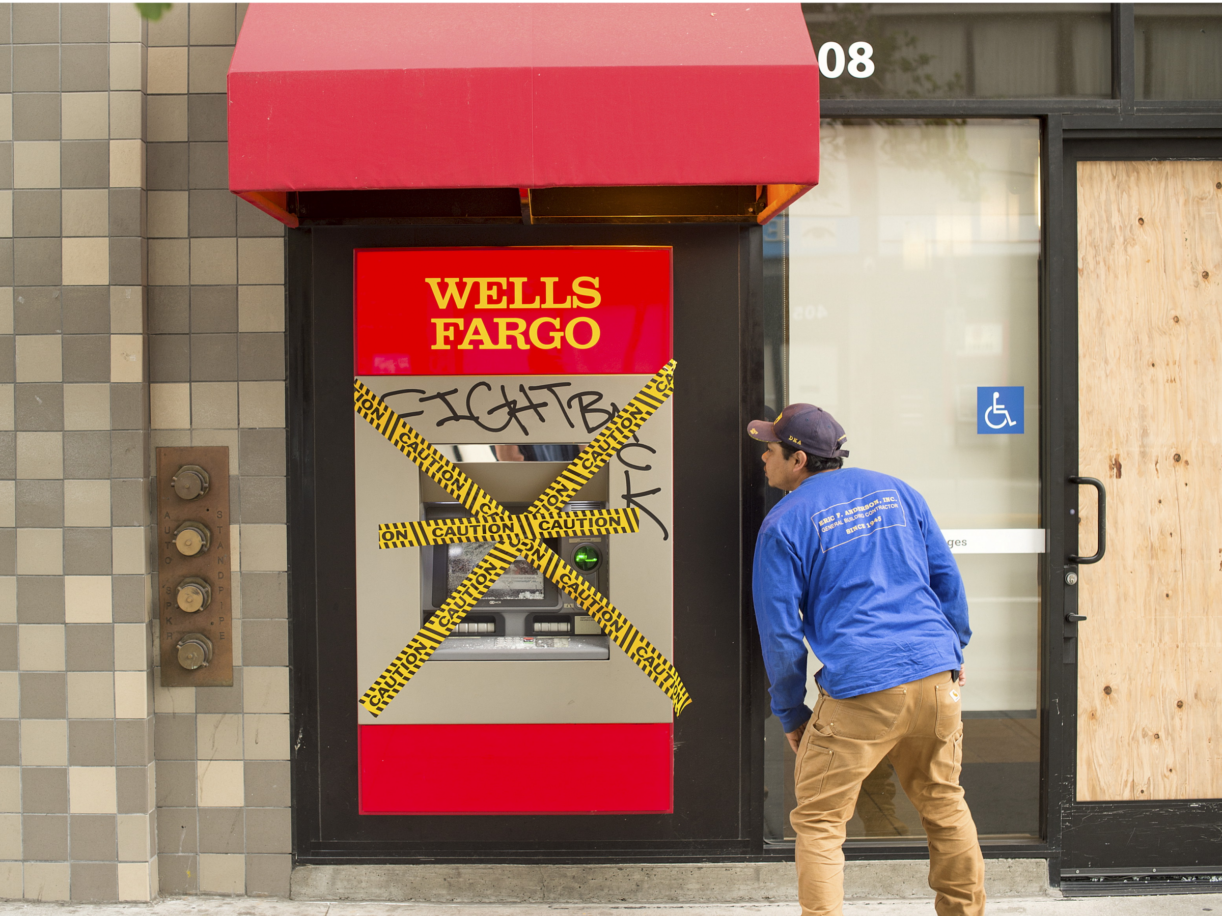 The Fbi Is Reportedly Quietly Warning Banks Of A Potential Large Scale Hacking Scheme That Could Hit Their Atms Accounting Wellness Swiss Bank