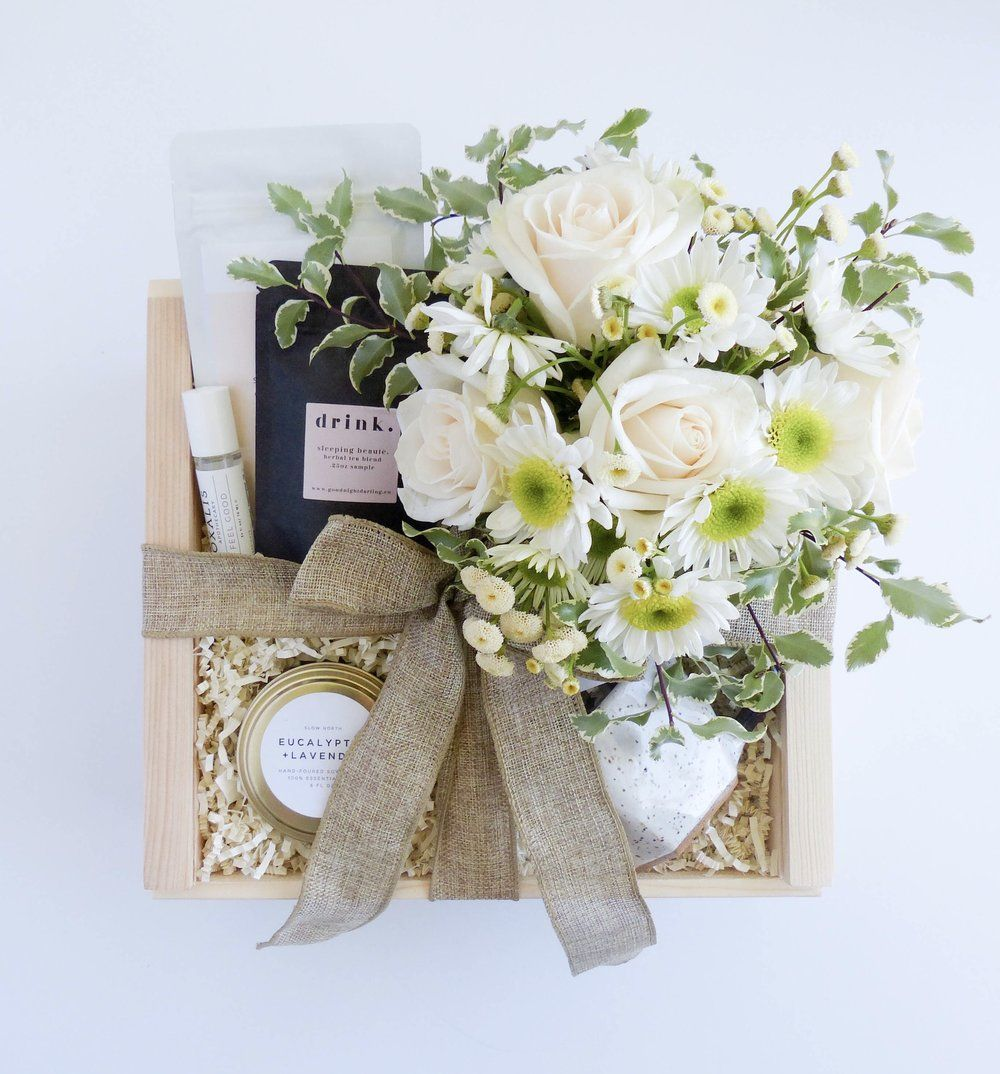 Country Wedding Gift Ideas: Curated Gift Boxes, Surprise Gifts