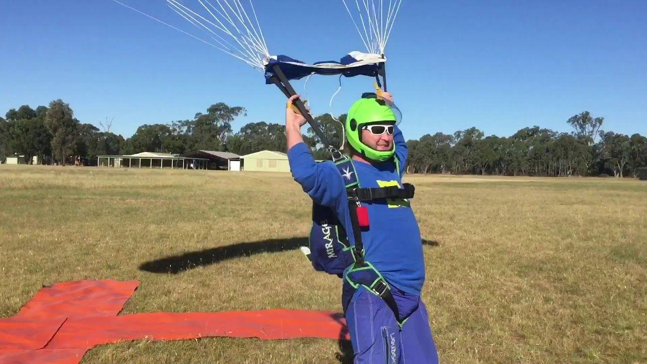 Cool Skydive Parachute Landings In Australia Youtube Skydiving Parachute Skydiving Parachute