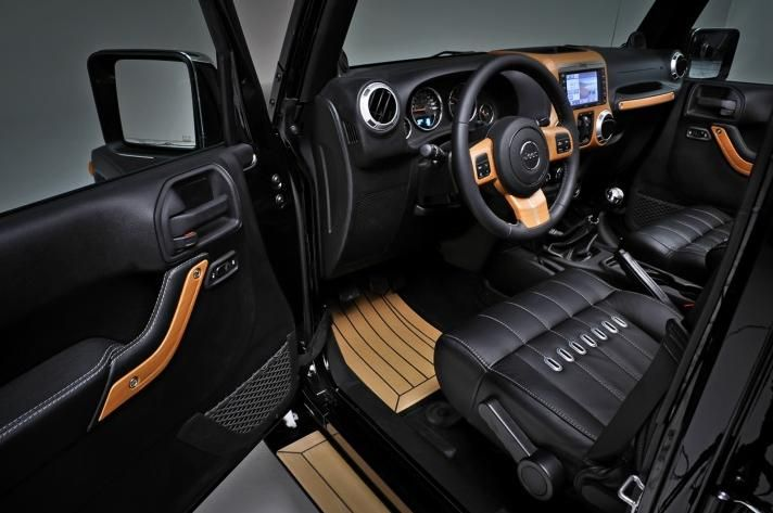 Jeep Wrangler Unlimited Nautic White and Nautic Black Concepts : Jeep Wrangler Unlimited Nautic White And Nautic Black Concepts   Interior View   1