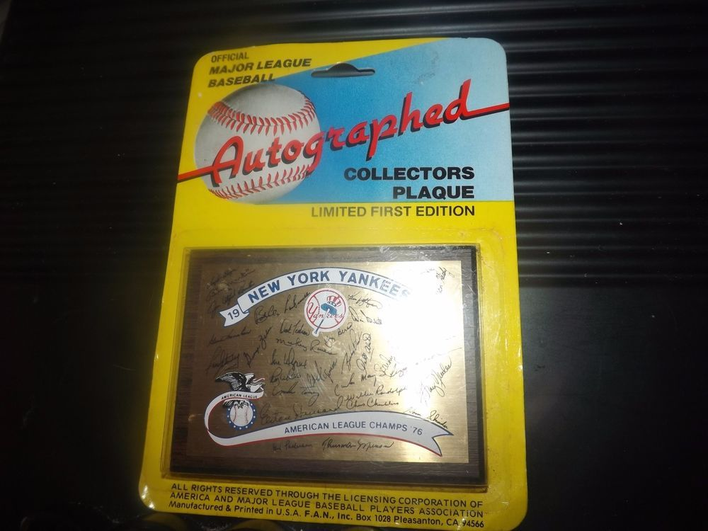 1977 NEW YORK YANKEES MAJOR LEAGUE BASEBALL AUTOGRAPHED COLLECTORS PLAQUE SEALED #NewYorkYankees
